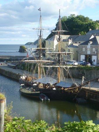 Charlestown: Tall Ship