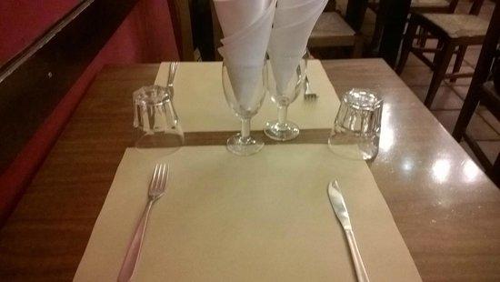 Trattoria Vecchia Roma: Tavolo