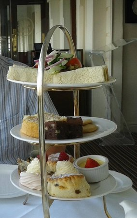 St. George's Hotel: Afternoon Tea