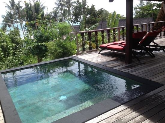 Terrasse mit plunge pool bild von kupu kupu phangan beach villas and spa by l 39 occitane ko - Kleiner pool fur terrasse ...