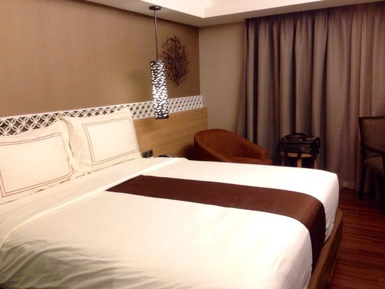 Ramada Bali Sunset Road Kuta: Comfy, clean bed & pillow