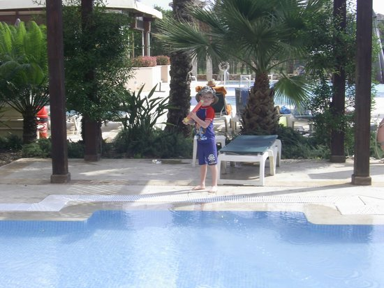 The Residences at Mar Menor Golf Spa: One of the pools