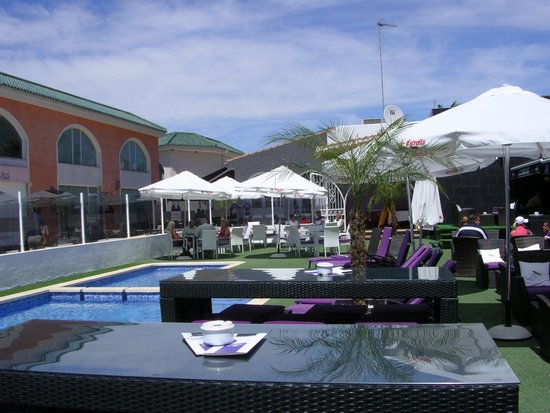 The Clubhouse - Restaurant and Bar: Looking across the pool