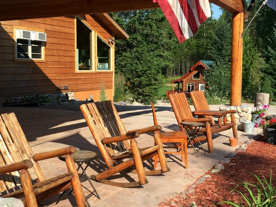 The Great Bear Inn: Comfy chairs to sit and relax