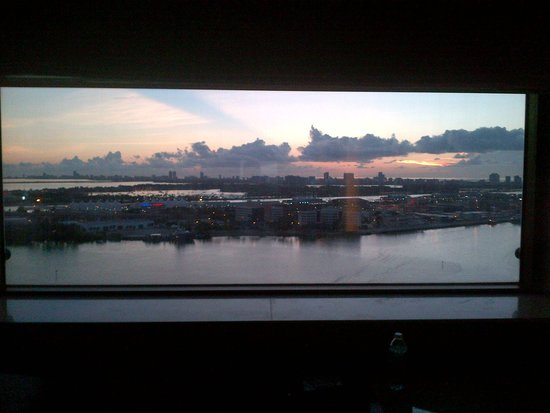 InterContinental Miami: View from 2705