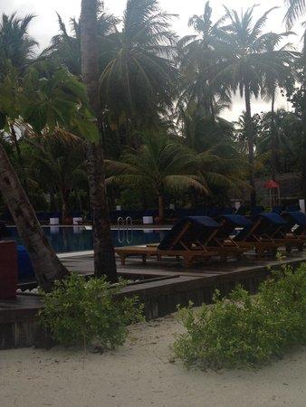 Meeru Island Resort & Spa : Meeru -main pool