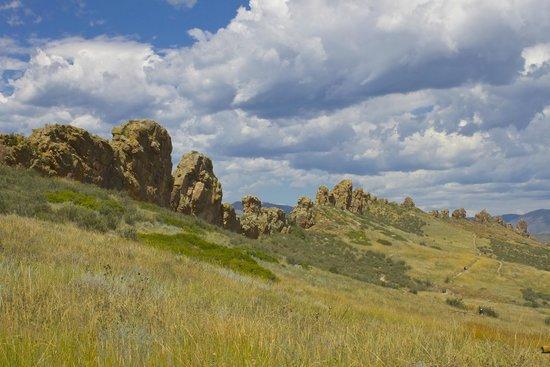 "Devil's Backbone Nature Trail : ""The Devil's Backbone"""