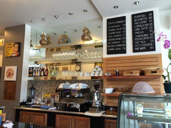 Rawai Beach: Italian coffee,Cake home Made and Italian Gelato Fatto a casa.