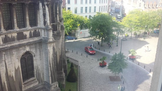 Ibis Brussels Centre Sainte Catherine: View from room (old church Saint Catherine - no longer in use)