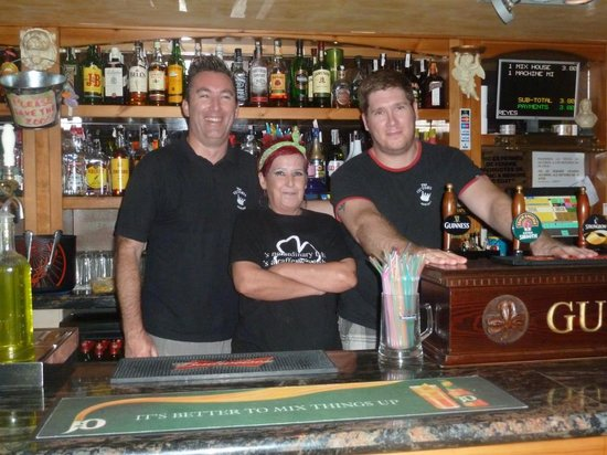 The Victoria Pub Salou: staff