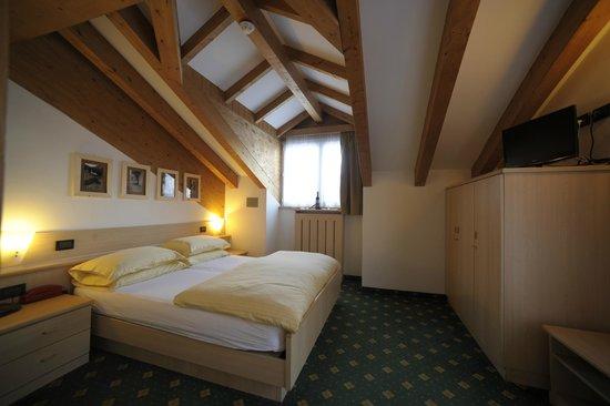 Alpstyle Hotel Albolina: camera