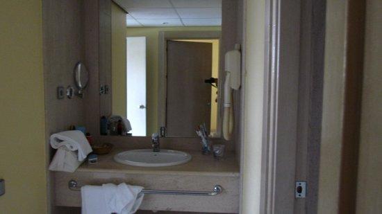 Hotel Palacio del Mar : baño suite familiar
