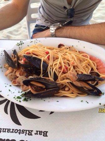 Bar Ristorante Embassy : Spaghetti rossi!