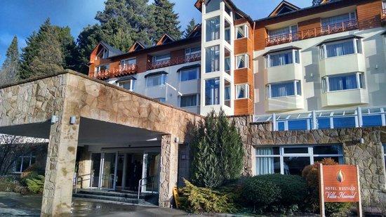 Hotel Villa Huinid Bustillo: entrada