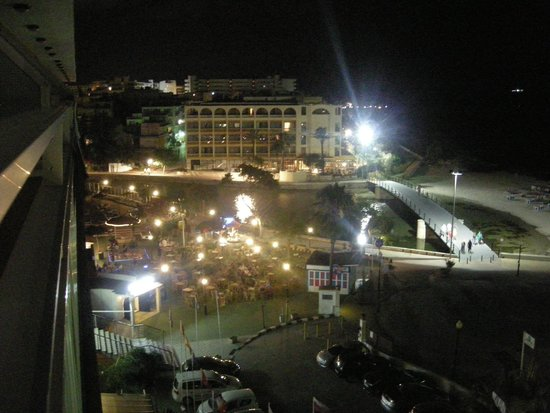 Playa Moreia Apartments : Night view from the room