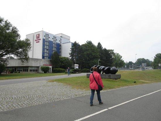 Leonardo Hotel Wolfsburg City Center: Blick von der Rückseite