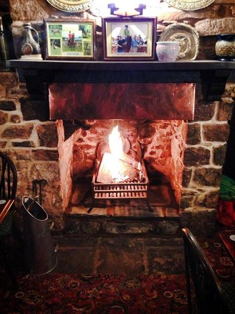 The Rose & Crown Inn: Our roaring fire
