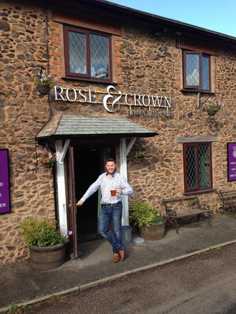 The Rose & Crown Inn: Hello and welcome