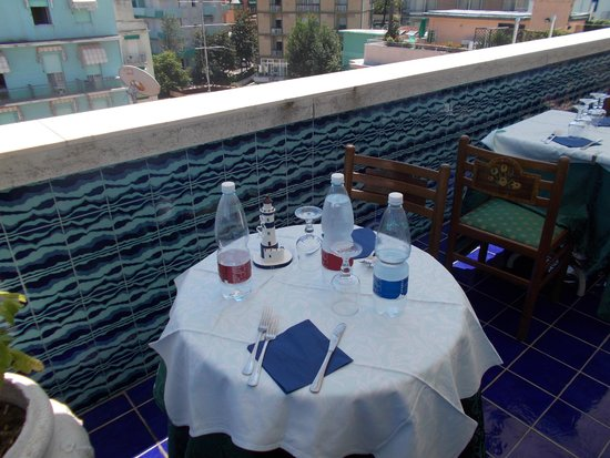 Maremonti: tavolo
