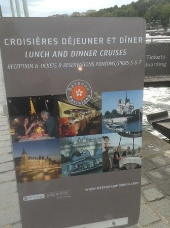 Bateaux Parisiens : advertisement, booked at our hotel