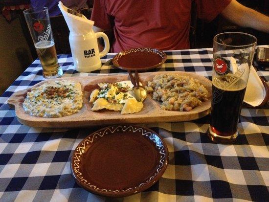 Slovak Pub : combinado de Pierog. Excelente e dá para duas pessoas
