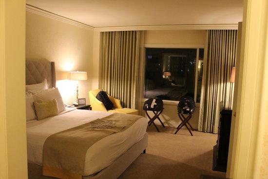 The Ritz-Carlton, San Juan: Bedroom (One Bedroom Suite w/ balcony)