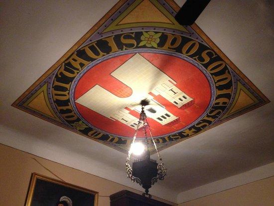 Slovak Pub : decoração do teto