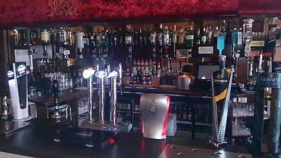 Craig-y-Nos Castle : Bar