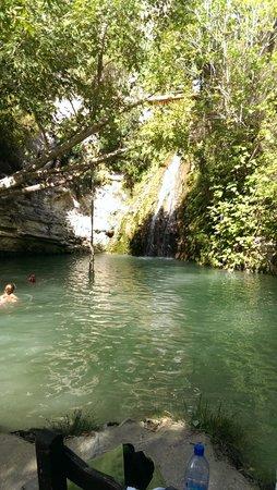 Adonis Baths Water Falls: larger bottom pool