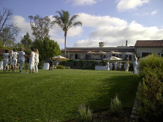 The Inn at Rancho Santa Fe: Croquet on the lawn