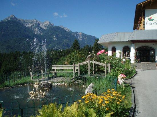 Hotel Glocknerhof: weg zum Hauphaus