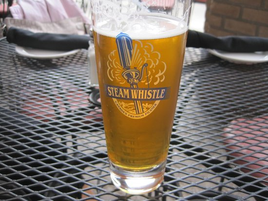 The Hot House : Steam Whistle Lageröl
