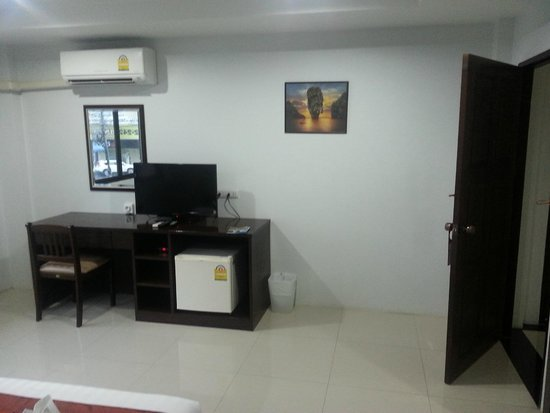 Lada Krabi Residence: Nice clean big roon