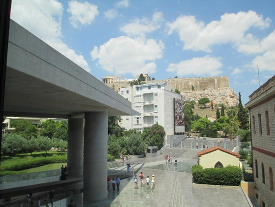 Acropolis Museum: the view of Acropolis