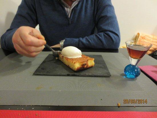 Gastromaquia-chueca: Dessert with complimentary sherry