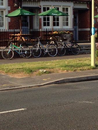 The Wheelwrights Arms: Car park needs a cycle rack as public foot path gets blocked by cycles chained to front railings