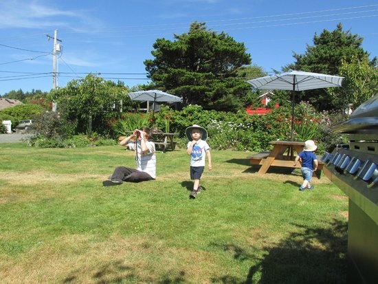 McBee Cottages: McBee picnic and play area