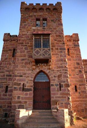 Duwisib Guestfarm: Castle