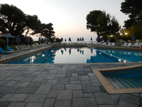 Corfu Holiday Palace: Pool first thing in the morning