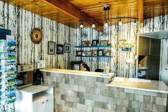 Glenwood Springs Inn : Our new lobby