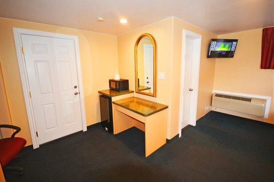 Glenwood Springs Inn: Spacious Clean Rooms