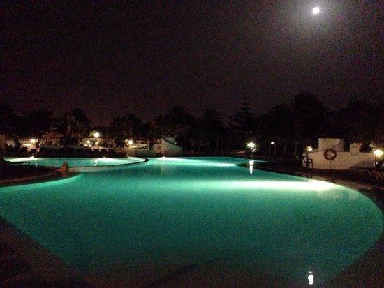 Hotel HL Río Playa Blanca: pool