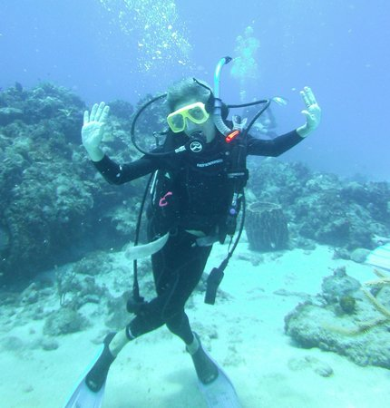 Scuba at Desacheo with Taino Divers