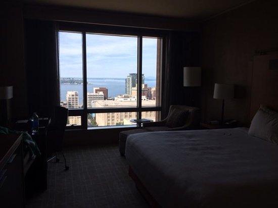 Grand Hyatt Seattle: Room 2417