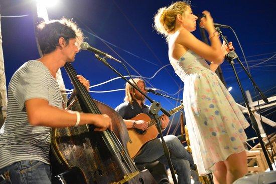 Trabucco di Monte Pucci: Turkish Cafe band