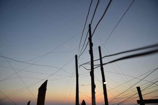 Trabucco di Monte Pucci: Sunset through the wires