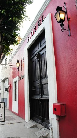 Hotel Casa Molina: Exterior of Hotel