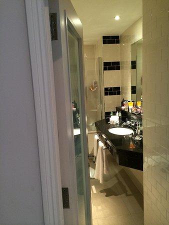 The Grosvenor Hotel: Lovely bathroom