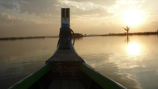 U-Bein-Brücke: Во время поездки на лодке