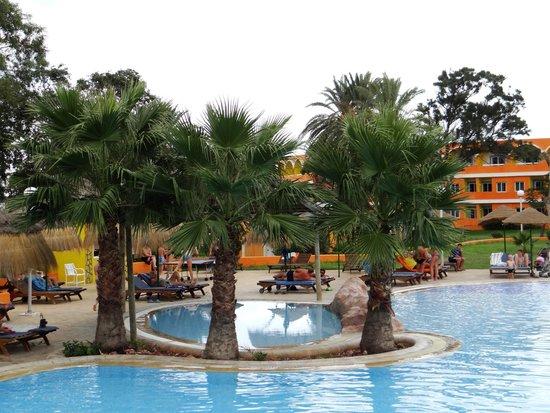 Caribbean World Nabeul : еще один вид на бассейн